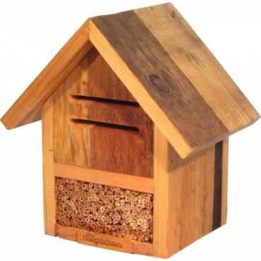 Insectenhotel voor lieveheersbeestjes en bijen, gerecycled hout